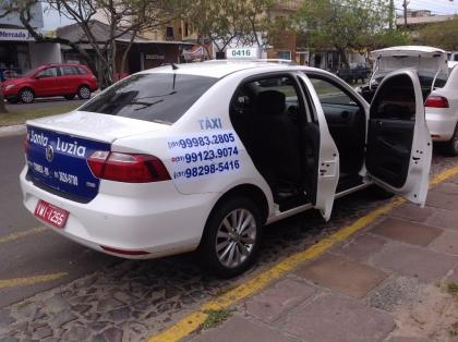 Táxi Evilásio e Emerson 24 horas ponto taxi hospital Torres RS Foto 2