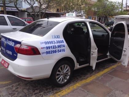 Táxi Evilásio e Emerson 24 horas ponto taxi hospital Torres RS Foto 8