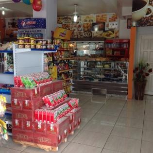 Padaria E Confeitaria Da Lia Passo De Torres SC Foto 3