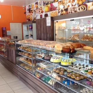 Padaria E Confeitaria Da Lia Passo De Torres SC Foto 7